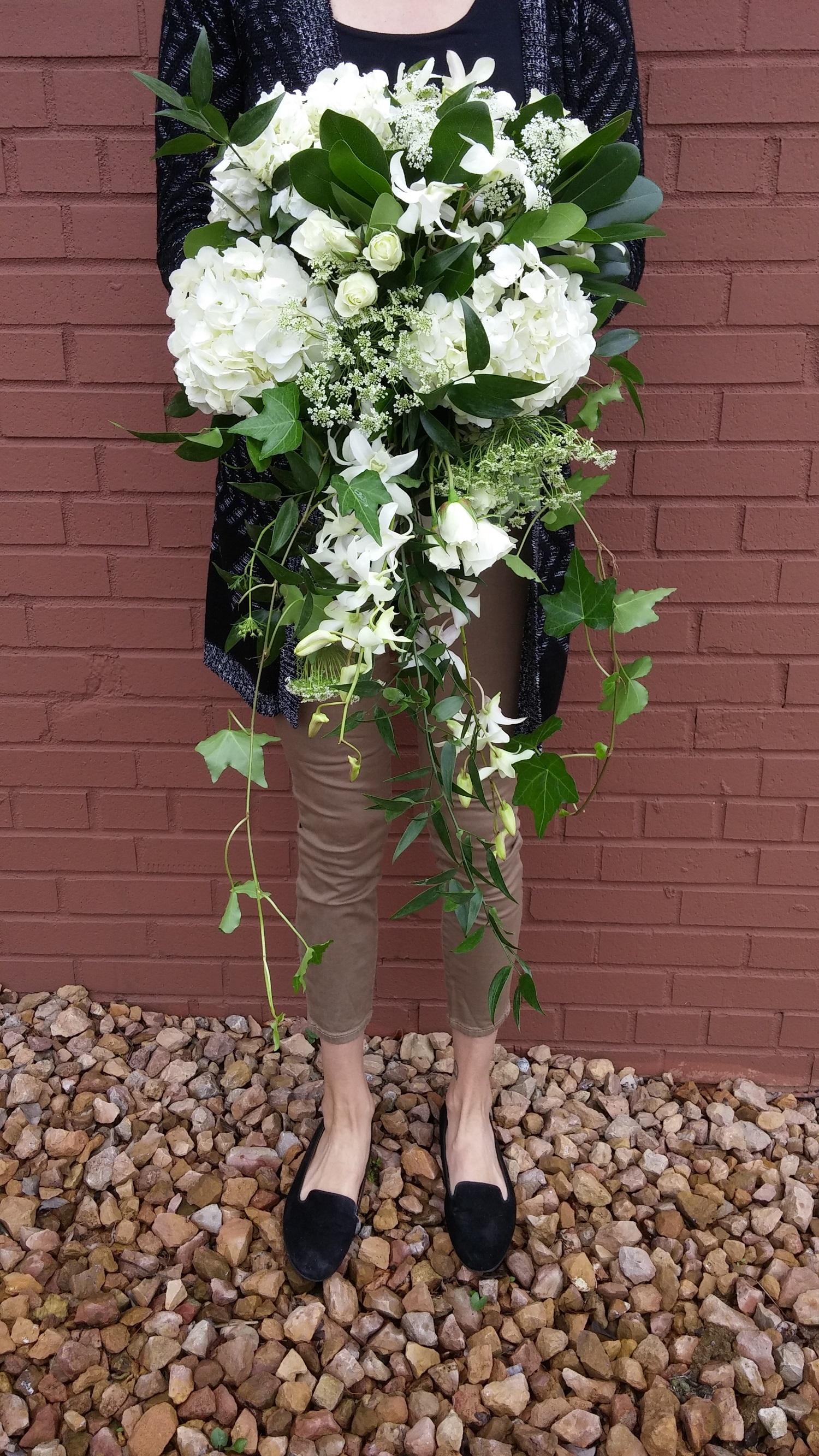 minneapolis, greenery, white bouquet, flowers near me, wedding
