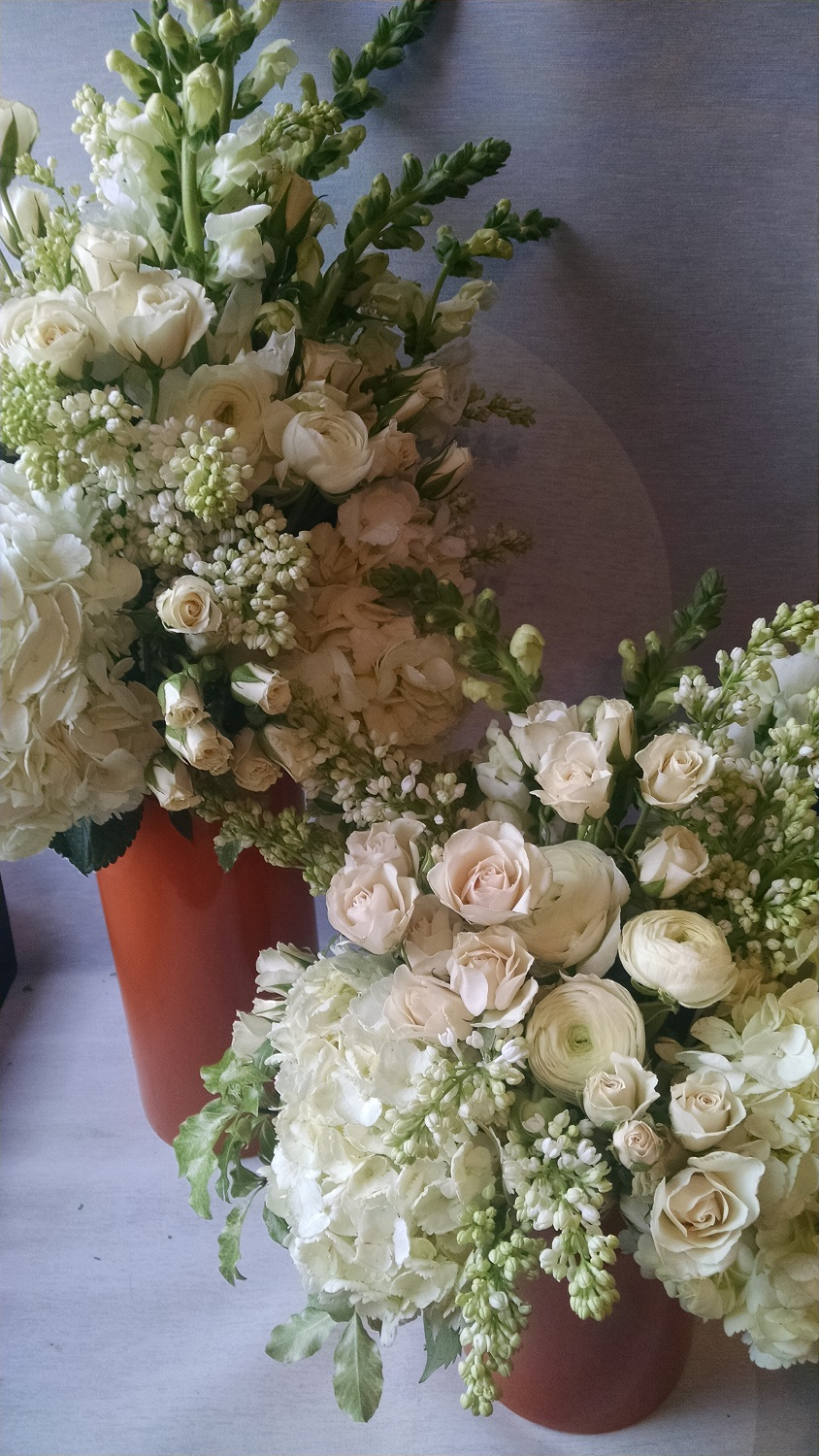Winter Wedding Flowers White Ranunculus White Hydrangea Winter Weddings Wedding Bouquets White Flowers Winter Flowers Minneapolis Shinola White Arrangement Lilac Ranunculus Hydrangea Winter Luna Vinca