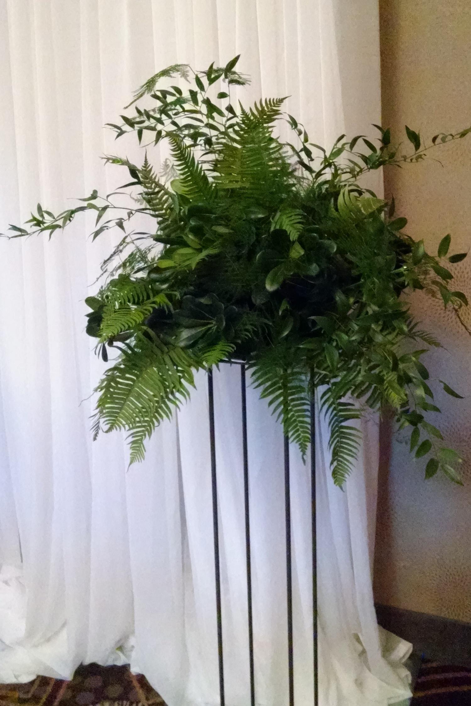 Altar Decor, Wedding Altar, Wedding Decorations, Leafy, Wedding ...