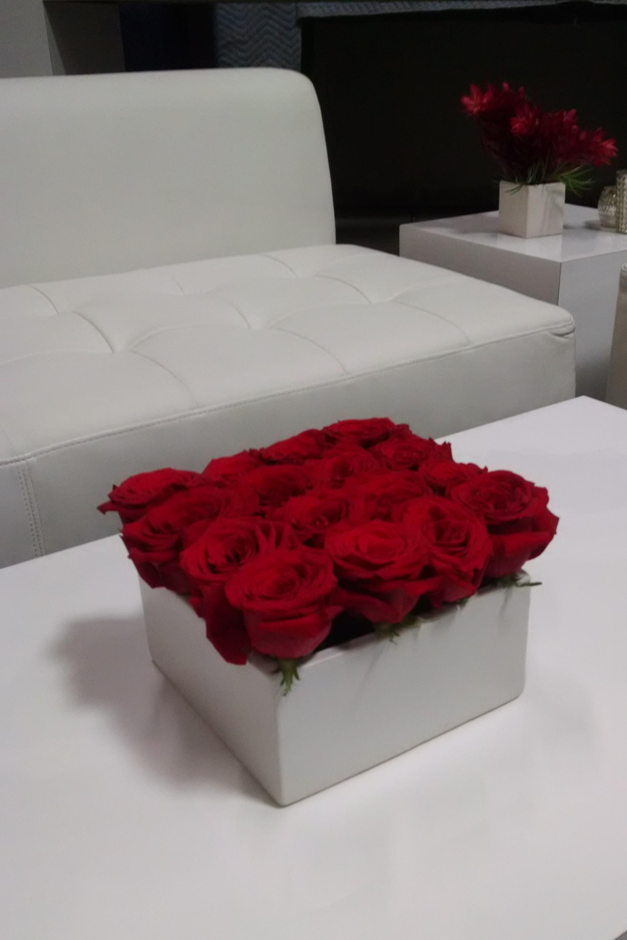 Red Rose Florist Modern Flower Arrangement Corporate