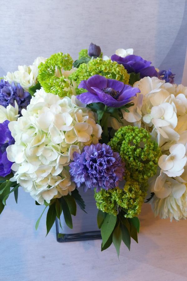 Downtown Flower Delivery Luna Vinca
